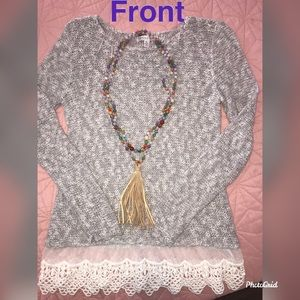 🎀beautiful light gray sweater with lace🎀